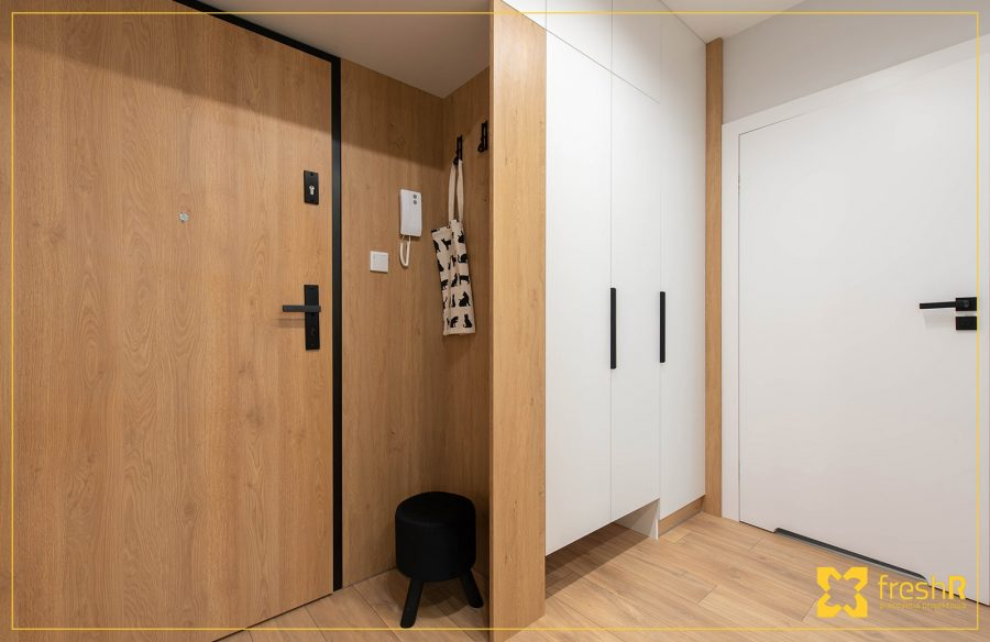 Mieszkanie-Krakow-Lubostron-Park-44m2-realizacja-pod-klucz-01-przedpokoj